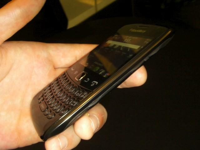 blackberry curve.JPG
