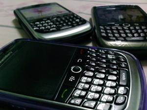blackberry-phones-close.jpg