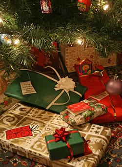 christmas-tree-presents.jpg