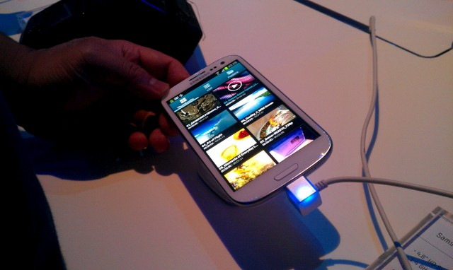 galaxy-s3-launch 05.jpg