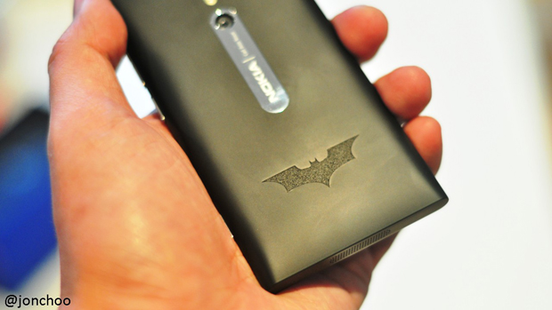 nokia-batman-dark-knight-rises.JPG