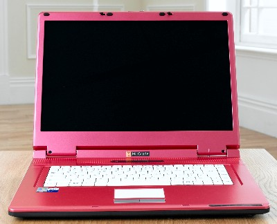 http://www.shinyshiny.tv/pink%20laptop%20notino.JPG