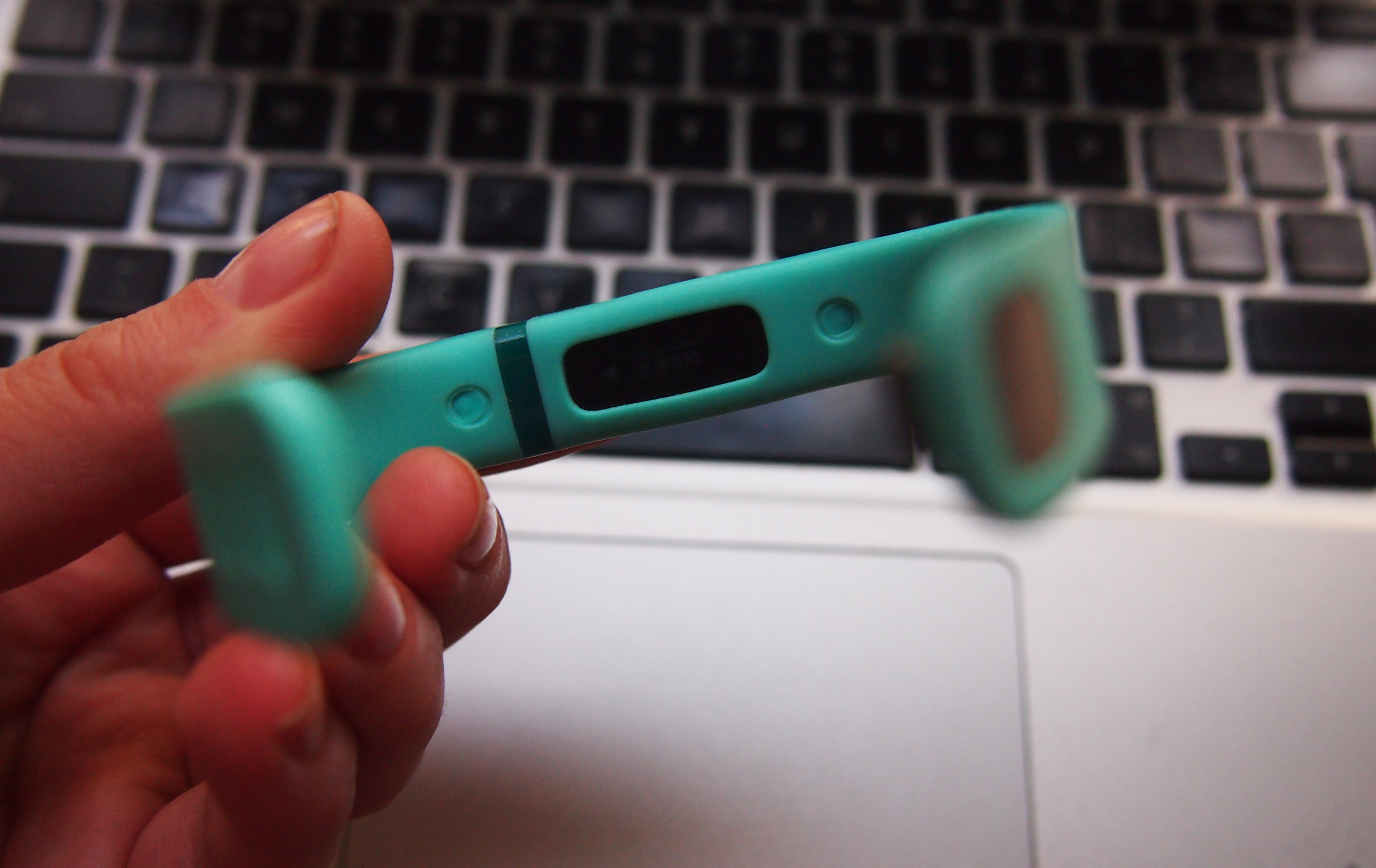 Fitbit flex review a light weight well rounded amp oh so comfy fitness