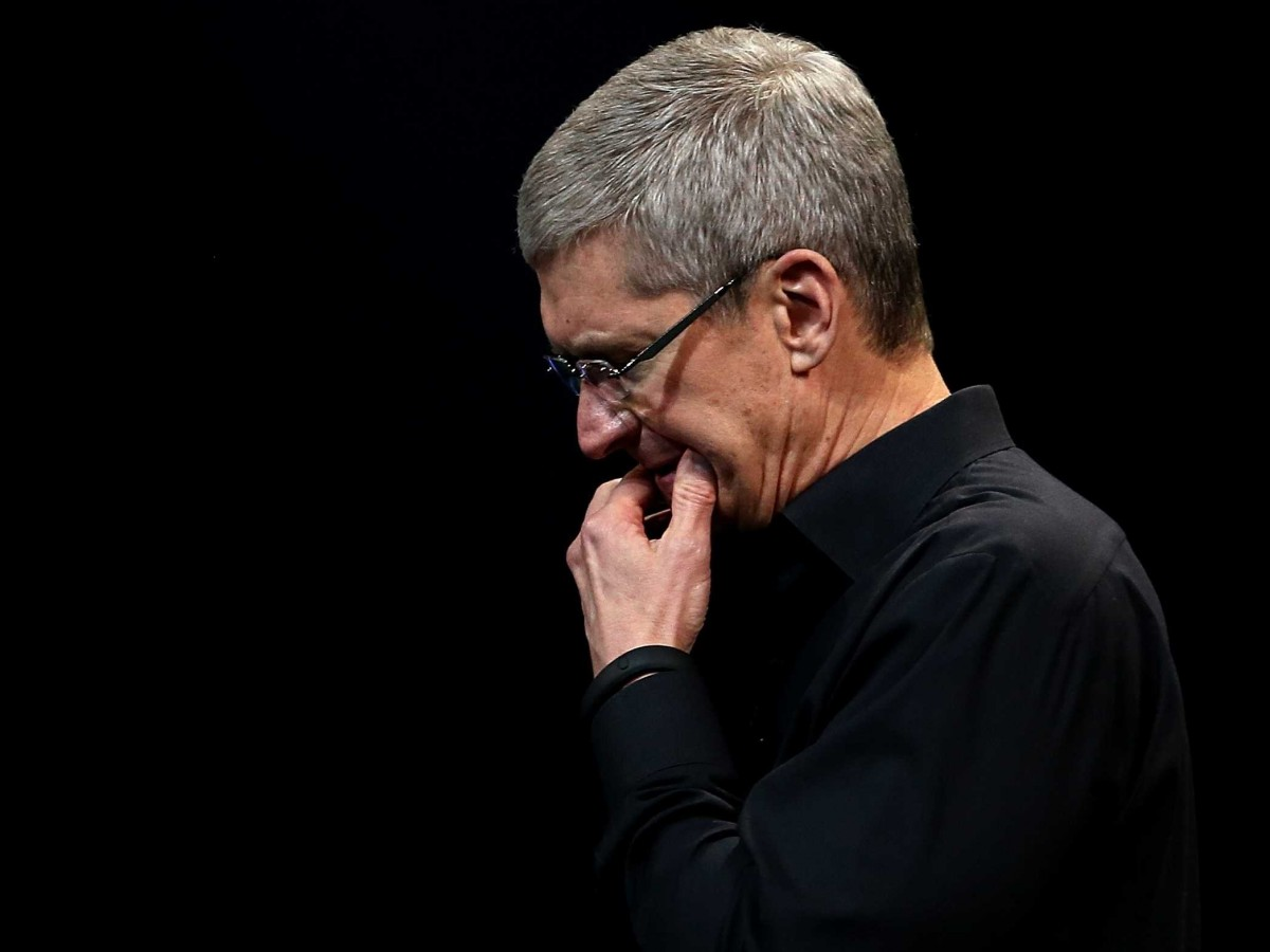 tim-cook-erupts-after-shareholder-asks-him-to-focus-only-on-profit