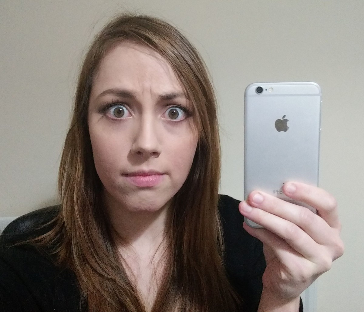 Holly Brockwell with iPhone 6