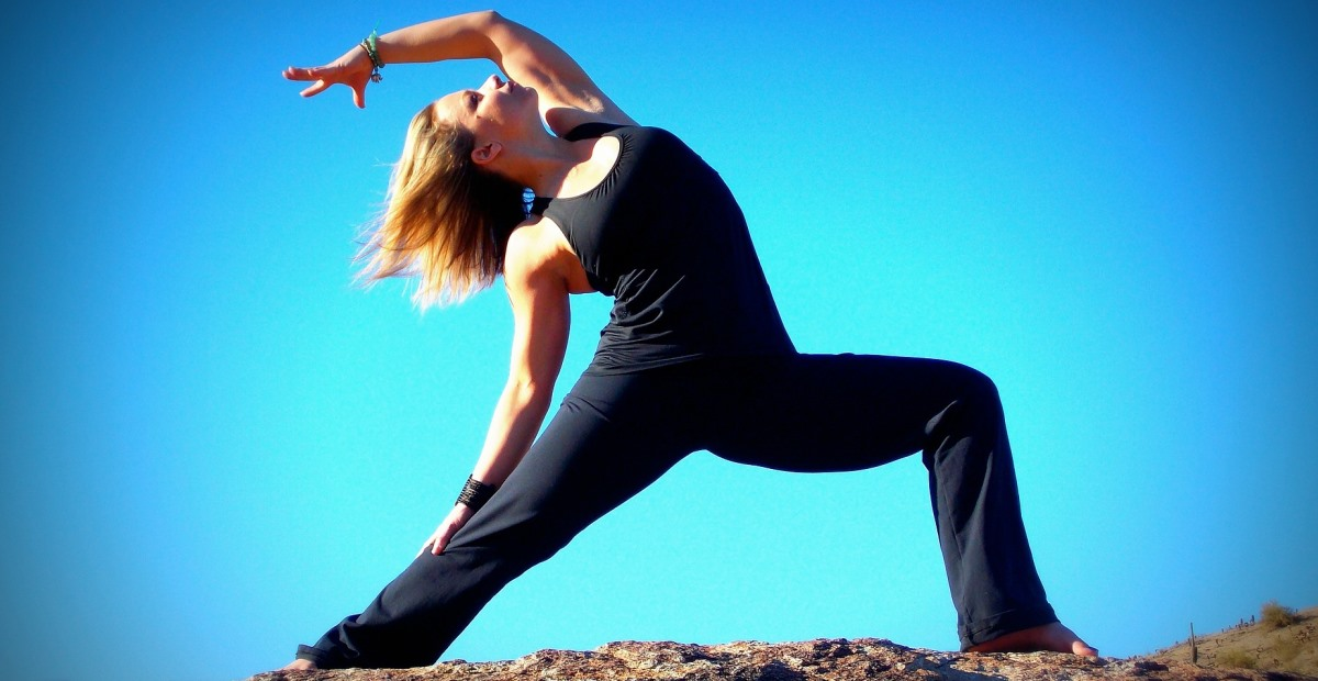 yoga-reduces-heart-disease-risk