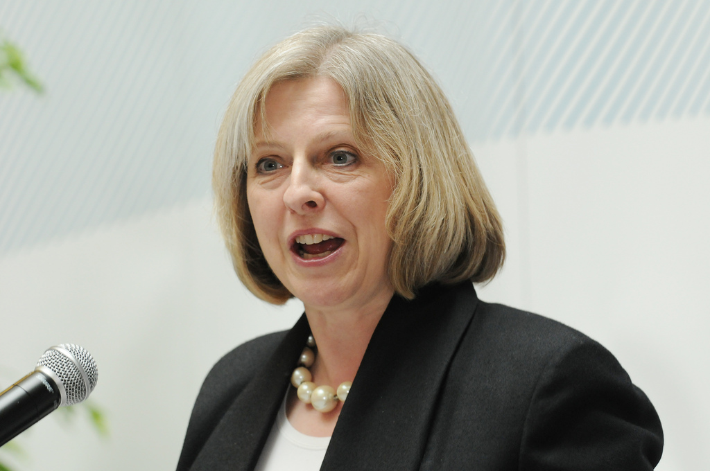 theresa-may-report-crime-online