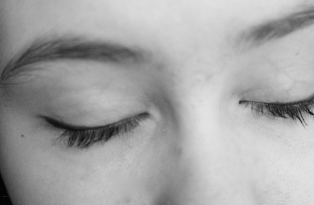 Closing Your Eyes Can Improve Memory Shinyshiny