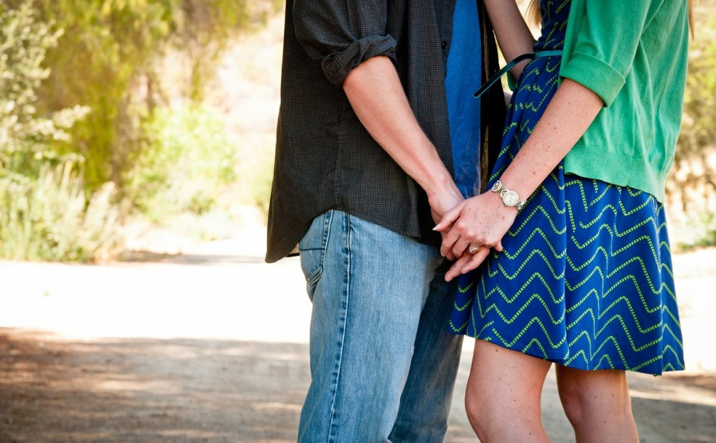 One study suggests that friends with benefits arrangements often turn into relationships.