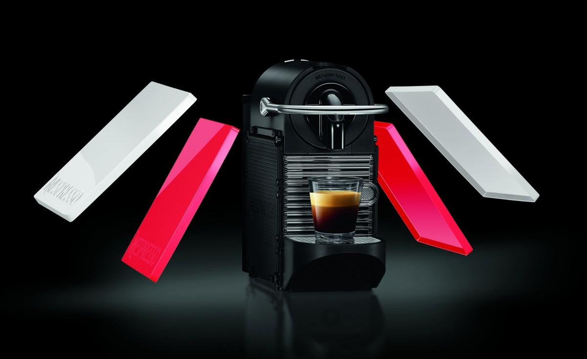 how to turn on nespresso pixie machine