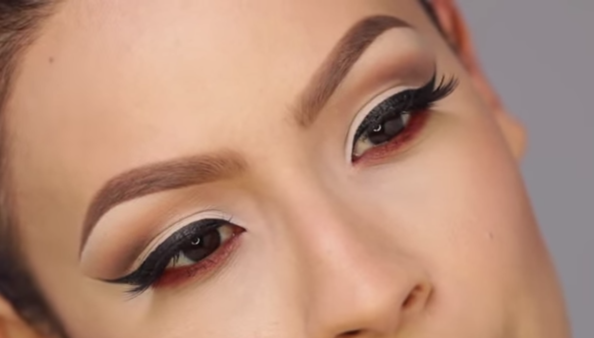 Desi Perkins eyebrows