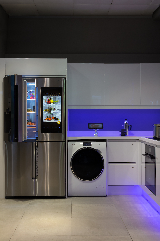 john lewis smart home 3 shinyshiny. Black Bedroom Furniture Sets. Home Design Ideas