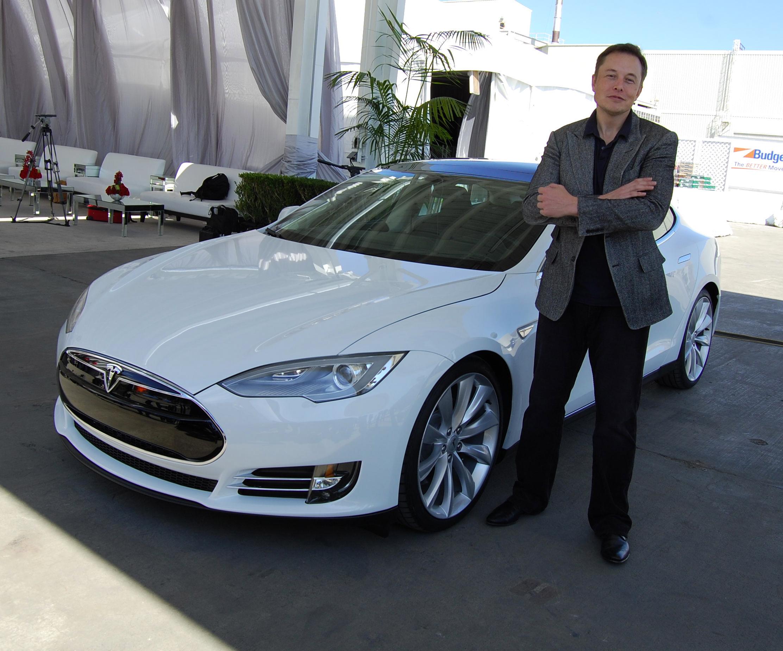 Elon_Musk,_Tesla_Factory,_Fremont_(CA,_USA)_(8765031426).jpg